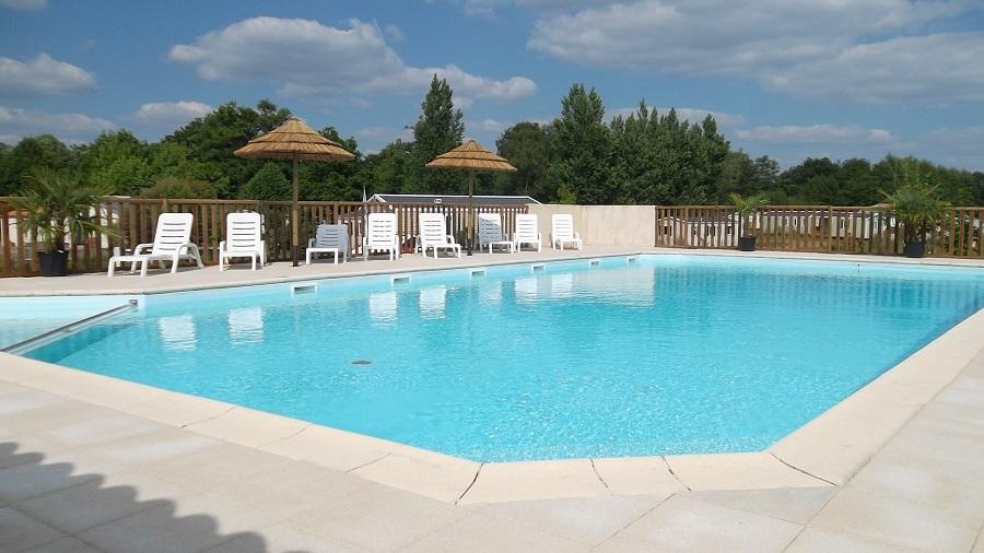 Camping avec piscine jard sur mer for Camping blonville sur mer avec piscine